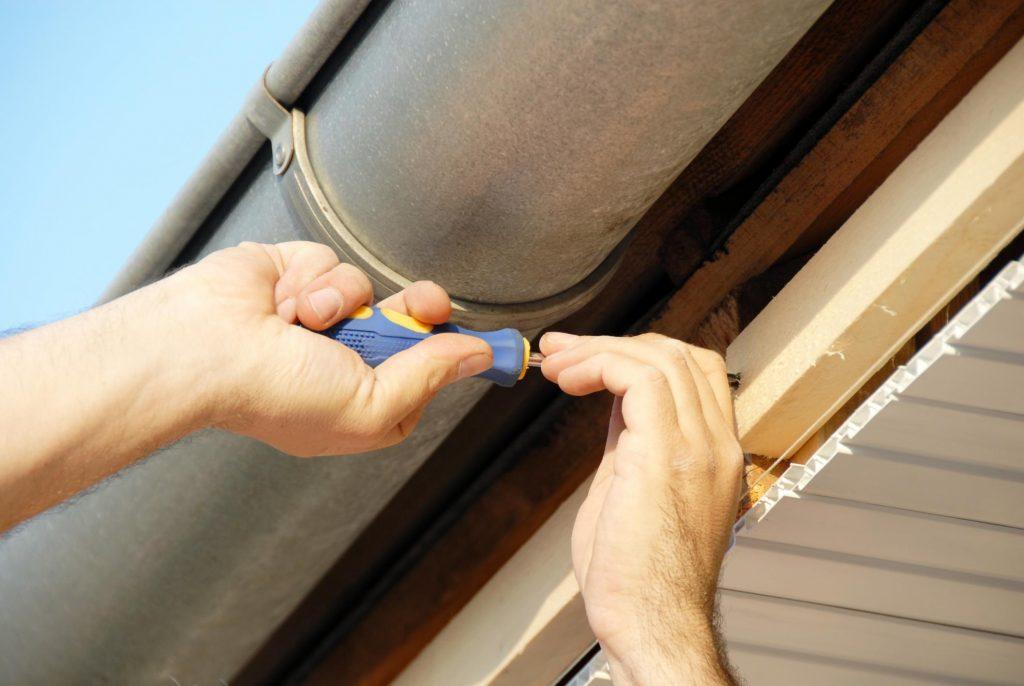 Ashburn Roofing Contractor - Gutter Repair 2